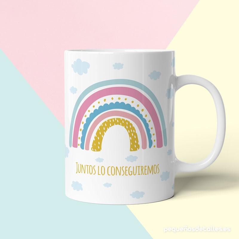 Taza arcoiris con mensaje